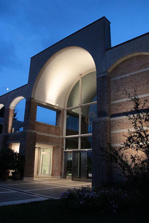 Banca Alto Vicentino Schio by Banca Alto Vicentino L L Luce Light