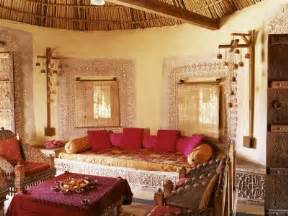 How To Decorate Indian Home La Magie De L Inde Les Maisons Bhunga 187 Terre D Ylang Deco