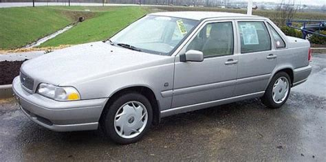 1998 volvo s70 value 1998 volvo s70 used car pricing financing and trade in value