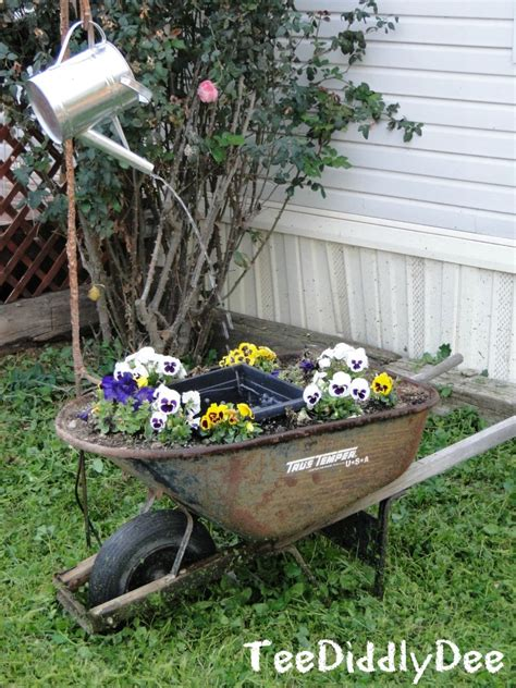 solar water fountain ideas   garden garden