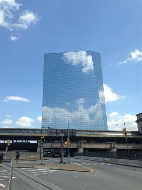 incredible reflective buildings   invisible