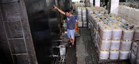 Minyak Goreng Curah Di Pabrik target penghapusan minyak goreng curah republika