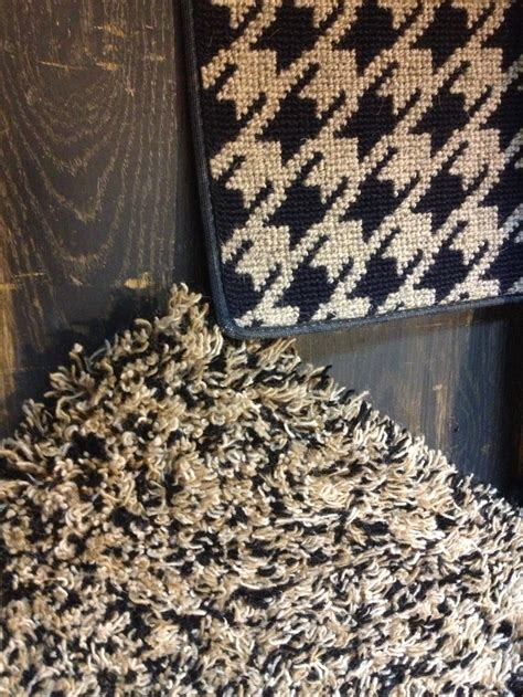 Area Rug On Wall To Wall Carpet by 30 Best Images About Our Showroom On Mesas