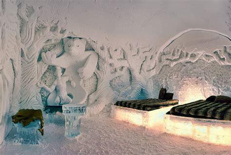 hotel de glace canada canada the hotel de glace the globe runaway