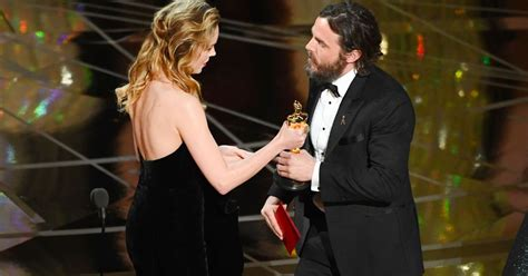 brie larson casey affleck brie larson like everyone else didn t seem thrilled with casey affleck s oscar win