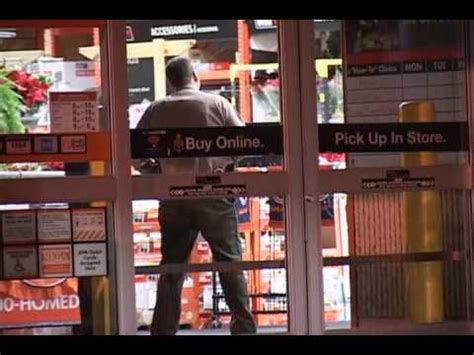 radio shack armed robbery 2 suspects reported barricaded