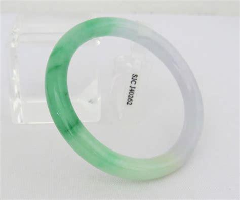 Vintage Translucent Natural Green Lavender Jadeite Jade Bangle