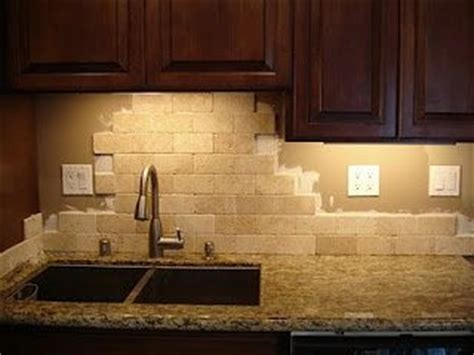 kitchen backsplash ideas with santa cecilia granite santa cecilia granite backsplash ideas search kitchen ideas santa