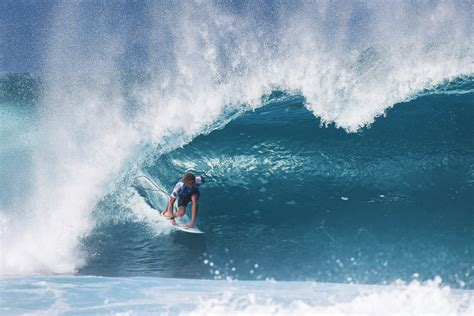 surf names the top surfers of the 2017 world surf league