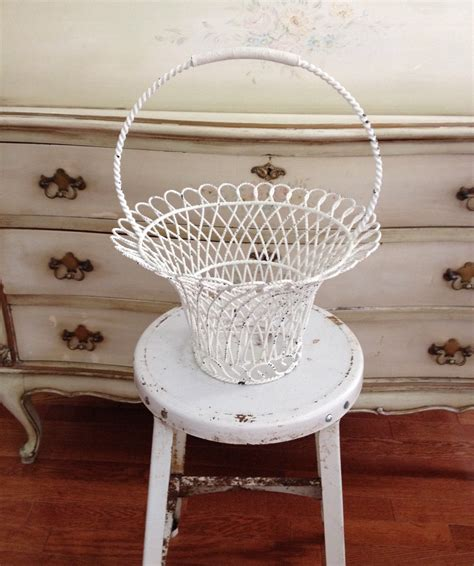 saleantique shabby chic chippy white wire basket by ringgoldrelics