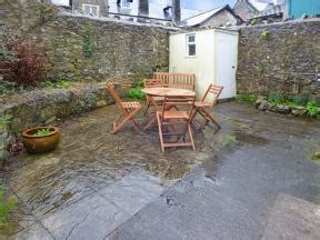 llantwit major self catering accommodation in llantwit major wales self catering cottage in glamorgan the old bakehouse