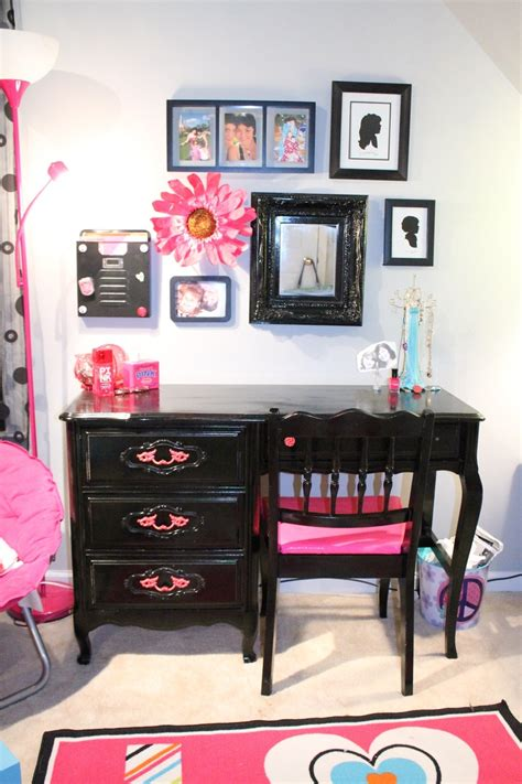 17 best images about laila s new bedroom on loft beds pink and zebra bedrooms