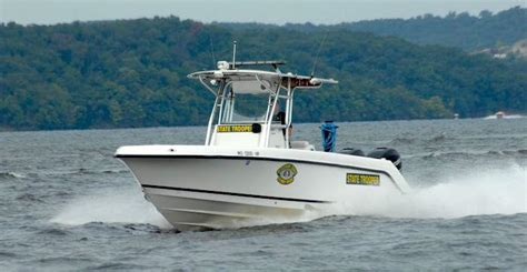 boat crash missouri man killed in fishing boat crash on lake of the ozarks