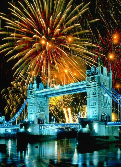 new year in uk 25 best ideas about new years fireworks on