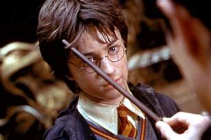 Harry Potter Actual Lightning Scar Gets Harry Potter Lightning Bolt Tattooed On