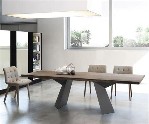 Supérieur Table Salle A Manger Scandinave #7: I-Grande-12332-table-noyer-design-pied-central-en-metal-fiandre.net.jpg