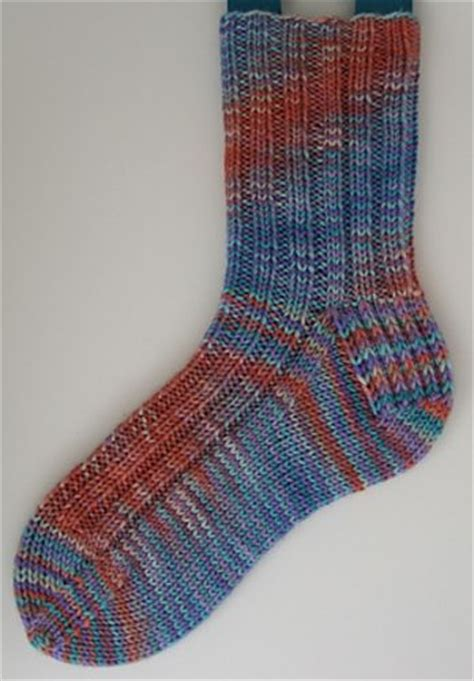 free knit sock patterns with circular needles 25 best ideas about dk weight yarn on