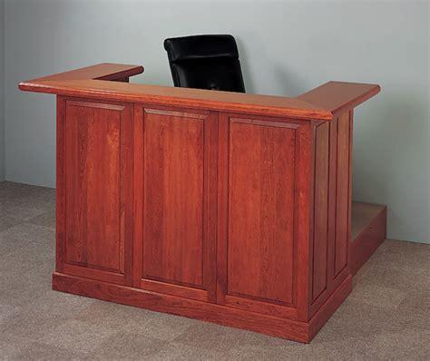 courtroom benches judges desk courtroom bench