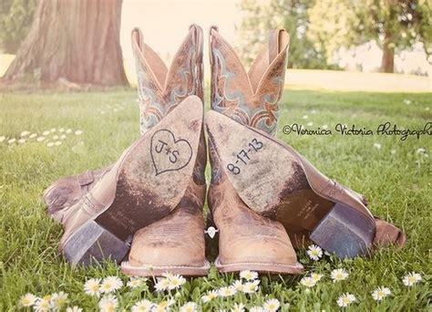 Team Wedding Blog Hankerin' for a Western or Cowboy