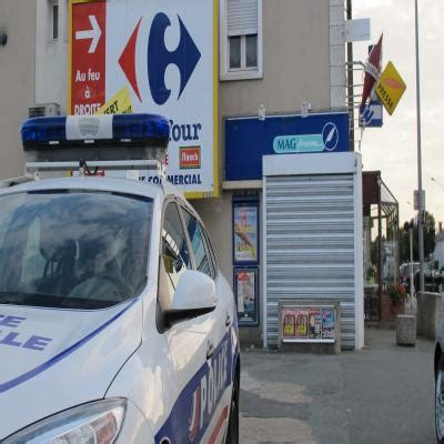 bureau de tabac angers trois hommes arm 233 s braquent un bureau de tabac 224 angers