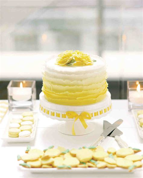 Wedding Cake Cake by 45 Wedding Cakes With Sugar Flowers That Look Stunningly