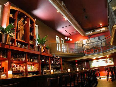 top bars in milwaukee onmilwaukee com bars clubs milwaukee s best martini