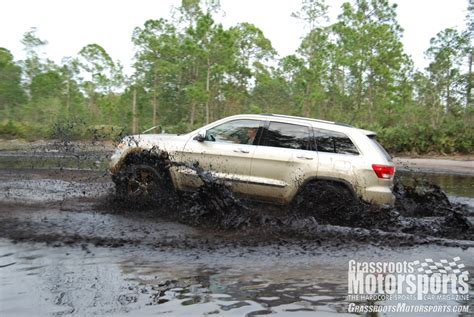 jeep grand cherokee mudding lifted grand cherokees specs price release date redesign