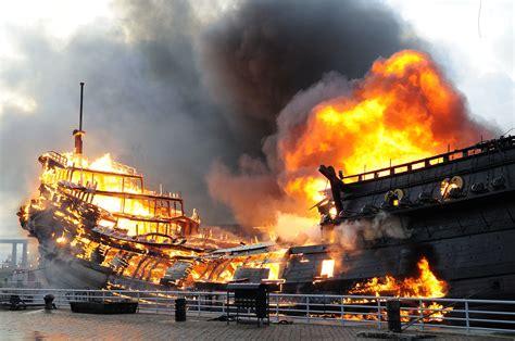 schip brand voc schip prins willim volledig afgebrand nederlands dagblad