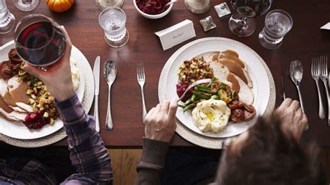 what to eat for christmas dinner how many calories you ll eat this thanksgiving abc news