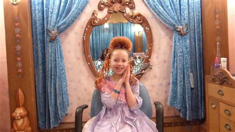 Bibbity Bobbity Boutique Hairstyles by Bibbity Bobbity Boutique Makeover At Disneyland Princess