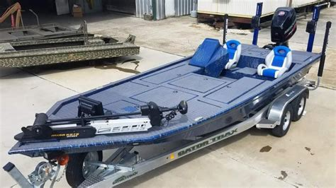 gator trax boats strike series new gator trax strike series aluminum bass boat bass