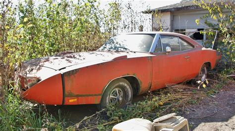 The Barn Find 1969 Dodge Charger Daytona rusting away