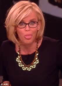 jenny mccarthy new haircut 2014 jenny mccarthy reveals she was rejected by the