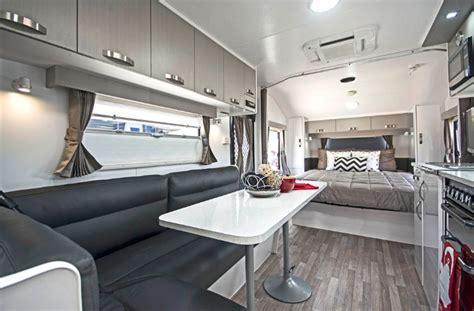 nova caravans   road