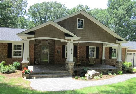 brick and siding house 23 best images about red brick homes on pinterest colored front doors exterior