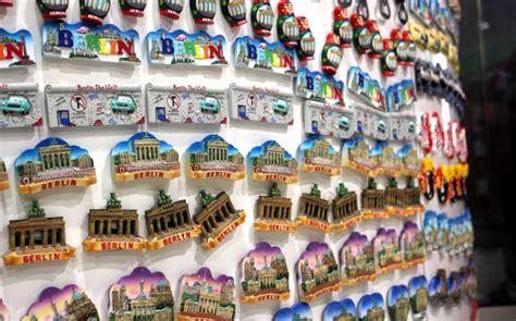 Souvenir By Souvenir 8 unique travel souvenir ideas planet and go