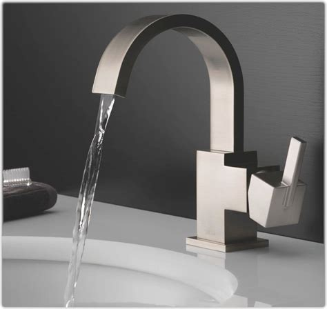 delta 553lf ss vero single handle centerset bathroom faucet stainless touch on bathroom sink