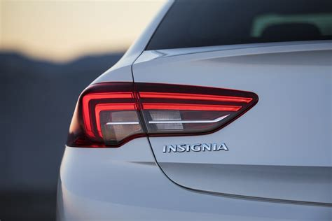 vauxhall insignia grand sport 2018 vauxhall insignia grand sport pictures gm authority