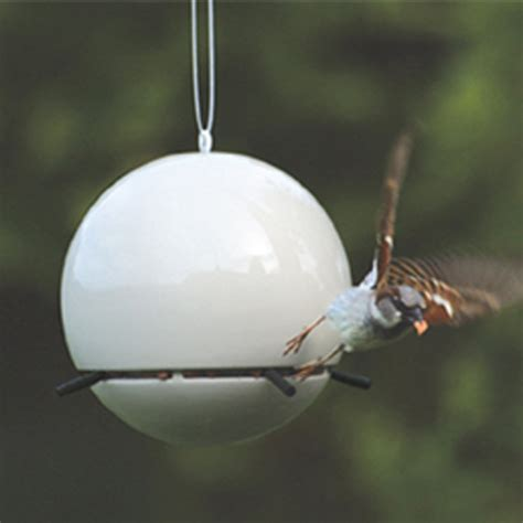 wohnideen penig white bird feeder 28 images saapni amazing polyresin