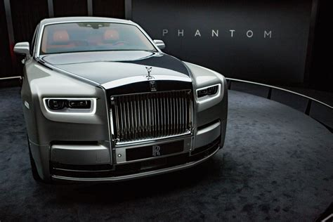 roll royce royce the new rolls royce phantom is the most technologically