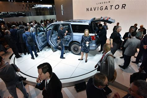new york show new york international auto show 2017 preview a z of all the new cars by car magazine