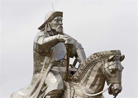 genghis khan equestrian statue wikipedia genghis khan equestrian statue in mongolia biggest in