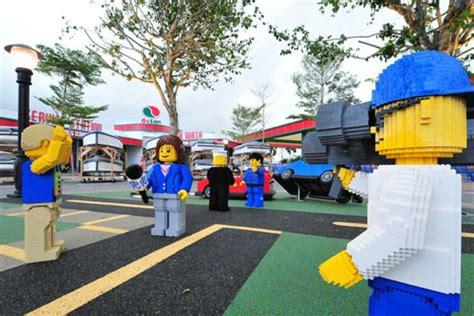 4d Universal Studio Singapore Legoland pakuwoncitytravel