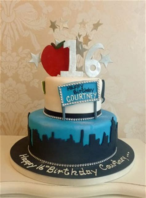 New York Themed Cake Decorations by 17 Best Images About Ideas For S Sweet 16 On
