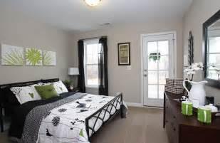 Guest Bedroom Decorating Ideas Guest Bedroom Office Decorating Ideas Decobizz