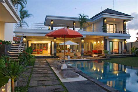 gambar desain villa di bali gaya rumah bali modern dua lantai info bisnis properti