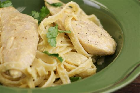 Many Olive Garden And Macaroni Grill Dishes Are 1 000 Calories Consumerist Copycat Olive Garden S Chicken Alfredo Allfreecopycatrecipes