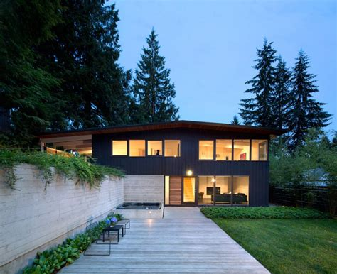 Modern Homes Interior by This 1950s Post And Beam House In Vancouver Gets A