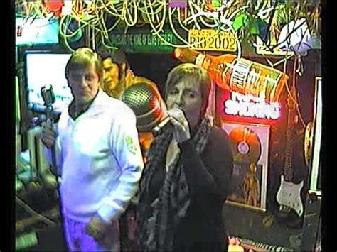 im wagen vor mir karaoke beate heinz singen im wagen vor mir im karaoke pub