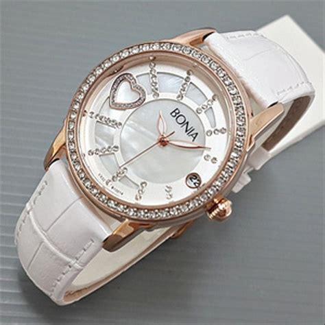 jual jam tangan bonia love tali kulit putih  warna